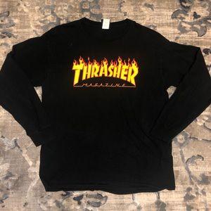 Thrasher Tops - Black Thrasher long sleeve